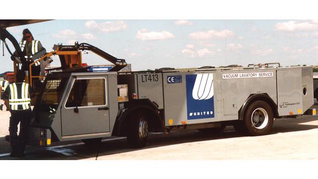 Vacuum Toilet Service Trucks And Water Service Trucks
