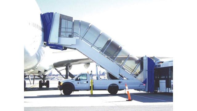 dualcanopyairstairs_10027591.psd  sc 1 st  AviationPros.com & Dual-canopy Airstairs | AviationPros.com