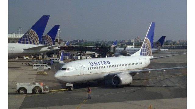 Airlines Try, And Mostly Fail, To Raise Fares