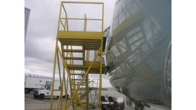 NARROW BODY AIRCRAFT ACCESS STAND