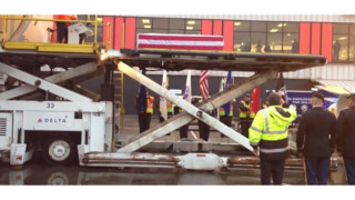 Delta Baggage Handlers Honor Fallen Soldier, Military Dog