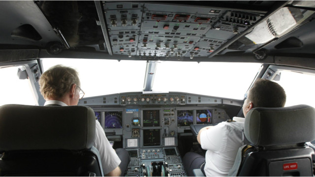 Video Shows How A Pilot Might Have Been Locked Out Of The Cockpit