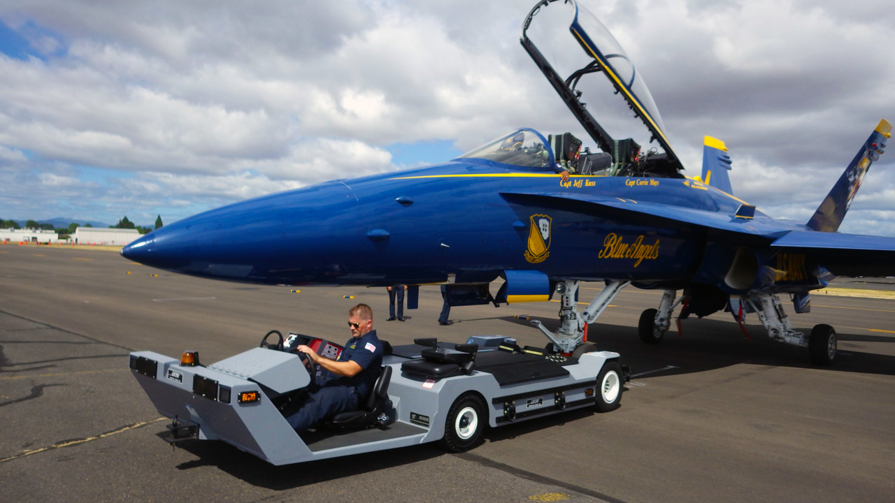 LEKTRO Moves The Blue Angels | AviationPros.com