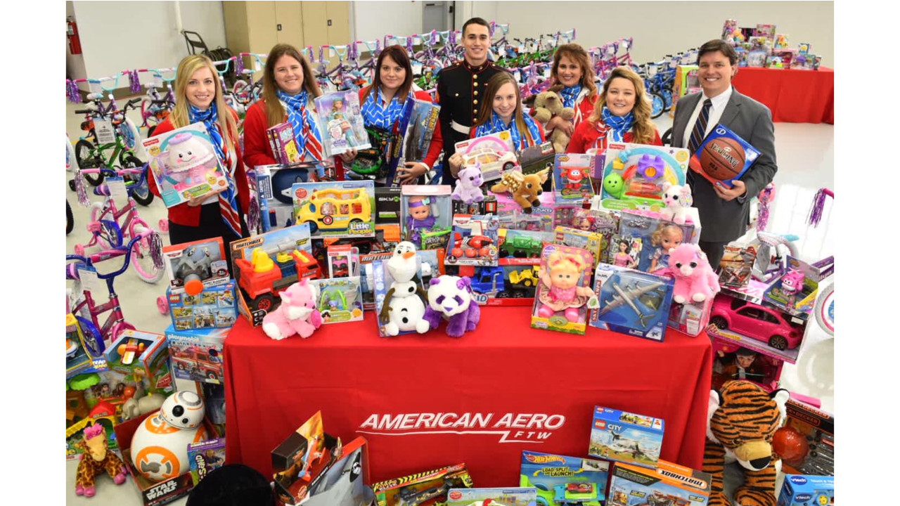 Toys R Us Donation Request : American aero ftw hosts annual holiday toy drive