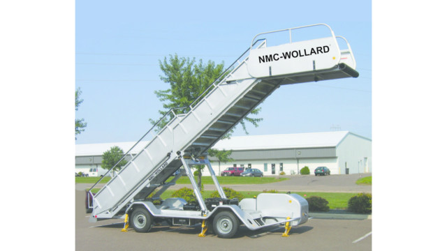 NMC Wollard Mobile Stairs 1 587cfc6ac770f