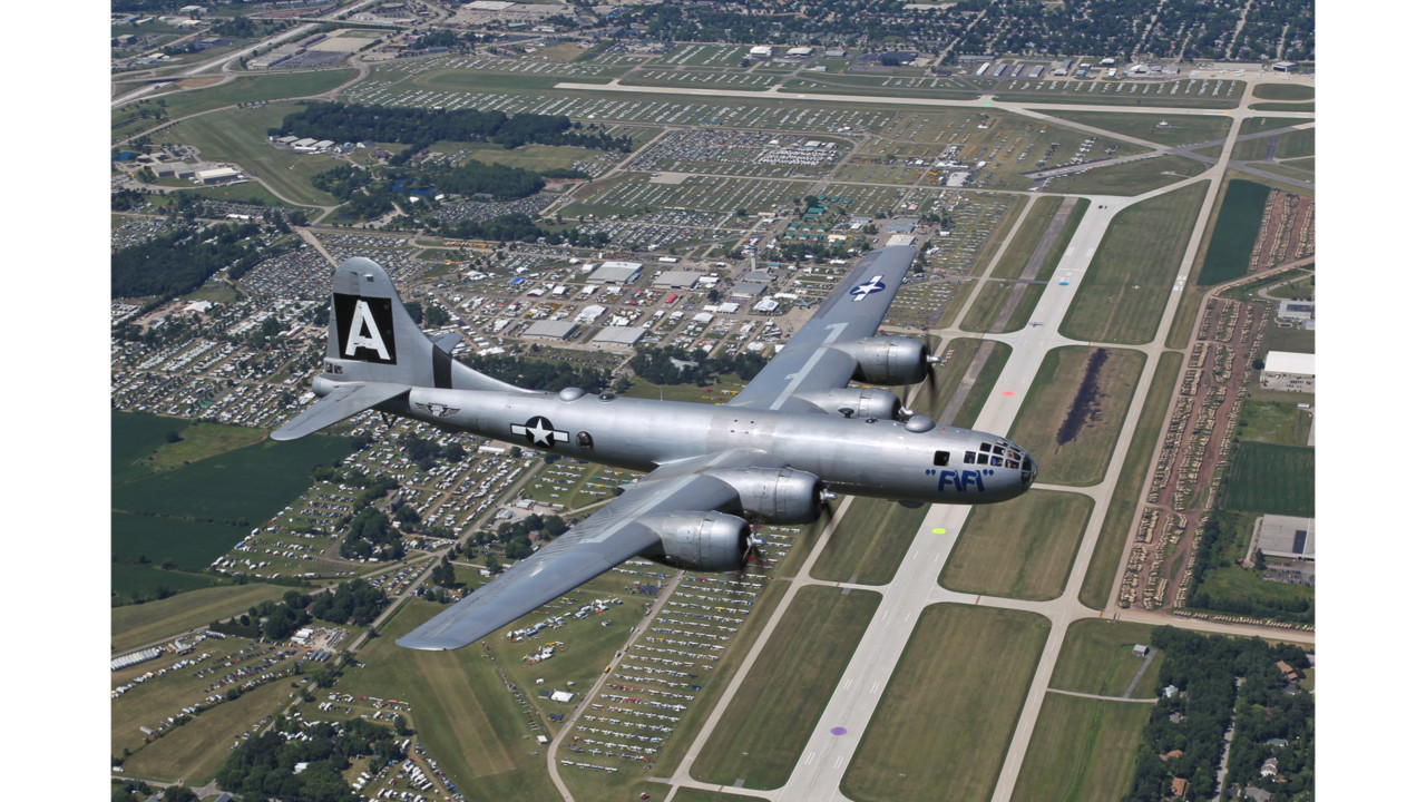 Wisconsin Air Show >> Commemorative Air Force bringing big aircraft group to EAA AirVenture Oshkosh 2017
