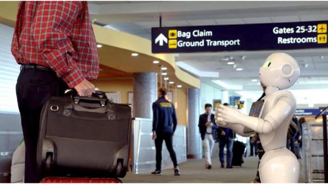 Αποτέλεσμα εικόνας για HMSHost promotes Host2Coast app with Pepper the Robot at U.S. airports