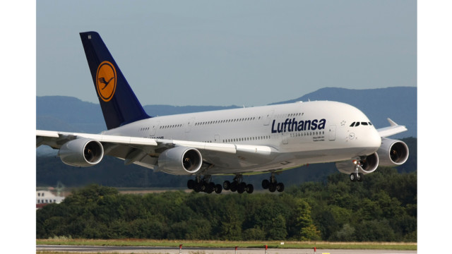 lufthansa ceo calls for significant alitalia cuts. Black Bedroom Furniture Sets. Home Design Ideas