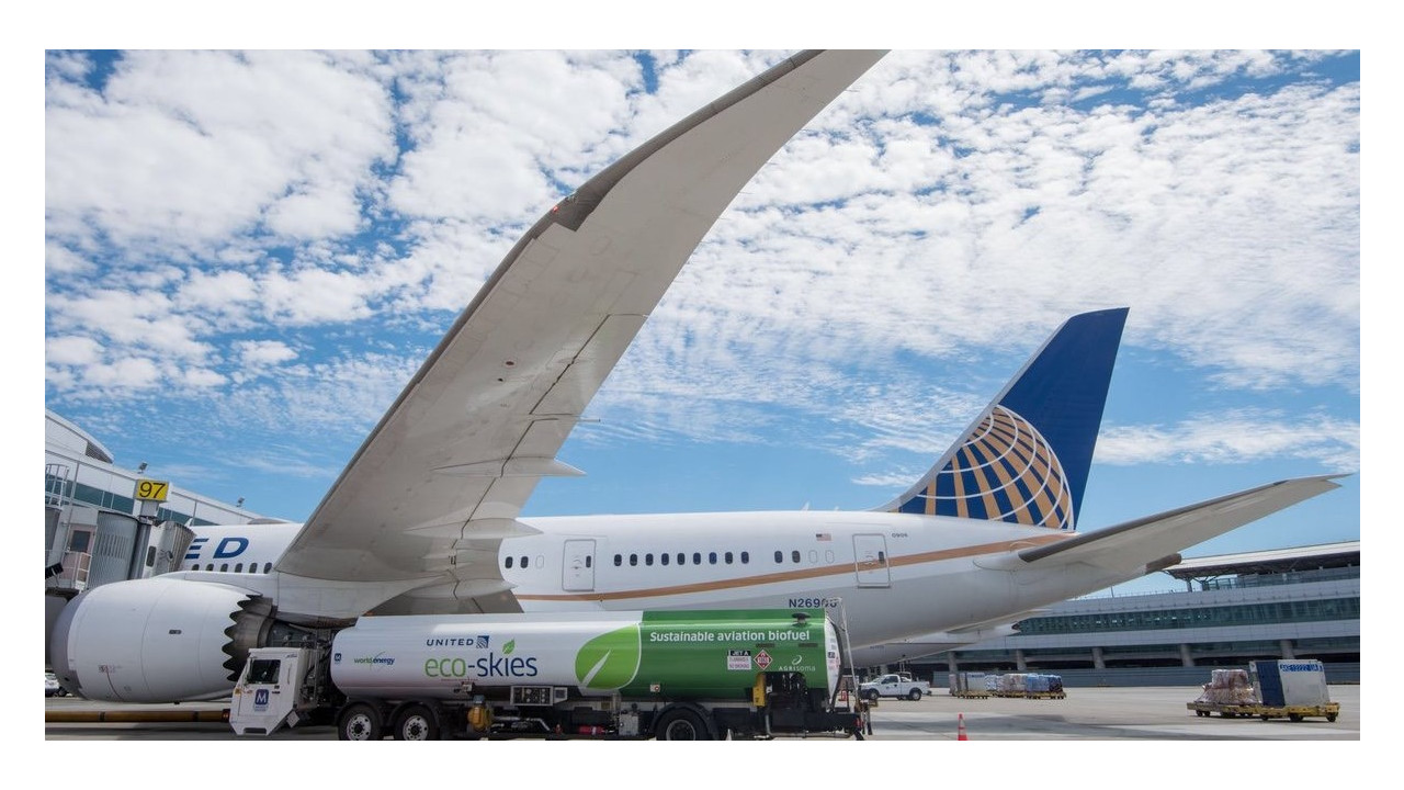 Airlines Using Biofuels
