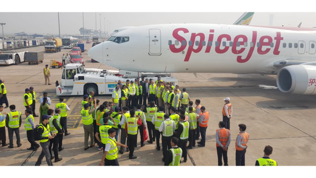 SpiceJet CEO and guests 5bdb0166789a1
