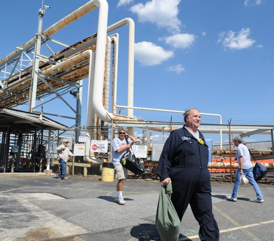 Delta-owned refinery prepares to produce jet fuel