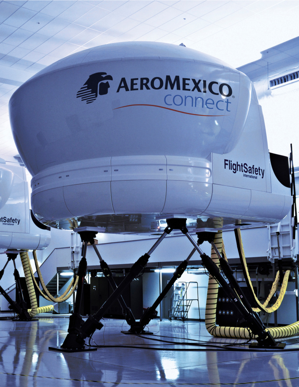 FlightSafety's Embraer 190 Simulator Built for Aeroméxico Receives