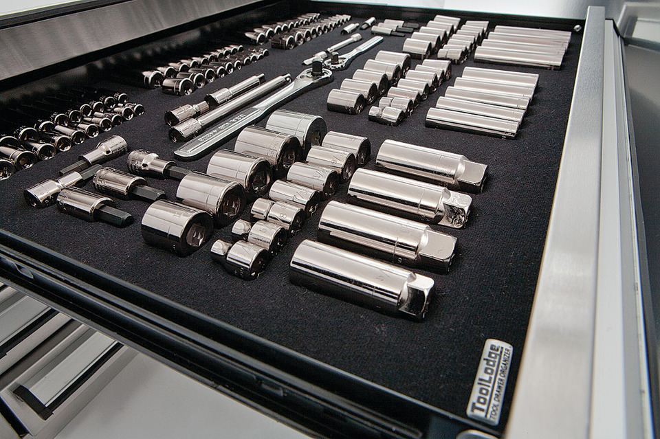 Tool Organizer Makes An �Impression�