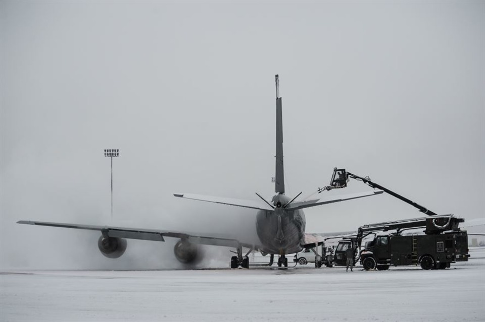 New Deicing Simulator Saves Money, Manpower, Increases Training