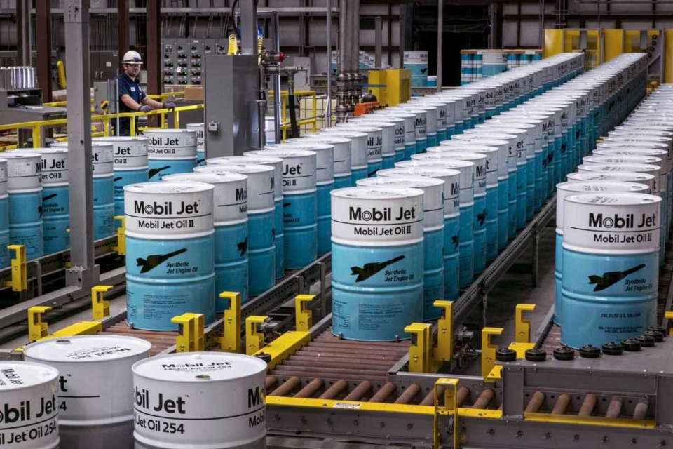 International Aircraft Manufacturers Rely on ExxonMobil