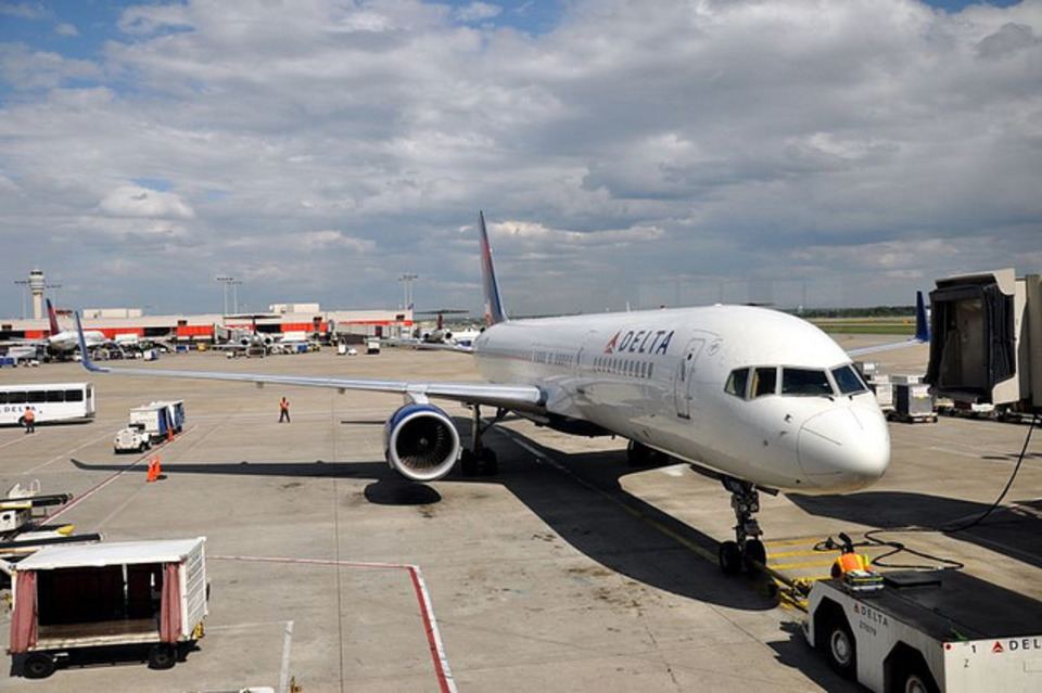 Delta Switches Cabin Cleaning Contractors at Hartsfield-Jackson