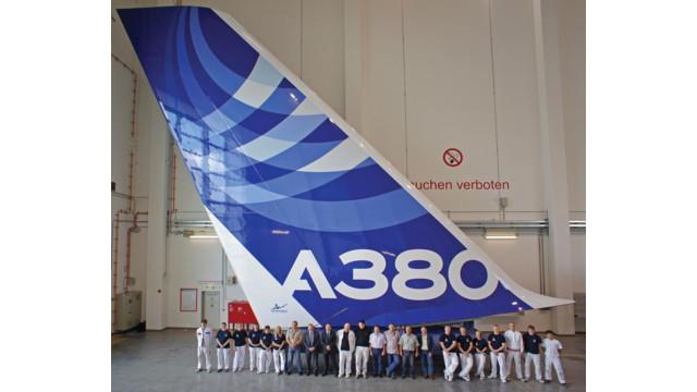 A380_Airbus_AkzoTail.jpg