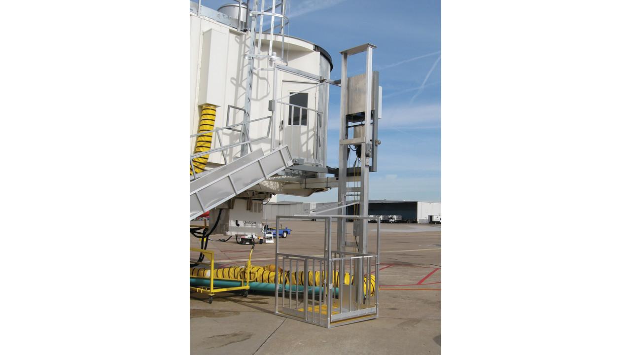 Nova Baggage Lift Aviationpros Com