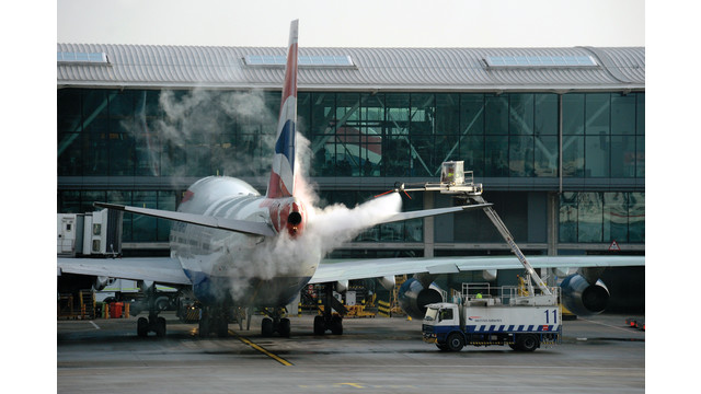 Environmental-deicing-cuts-airports-carbon-footprint.psd