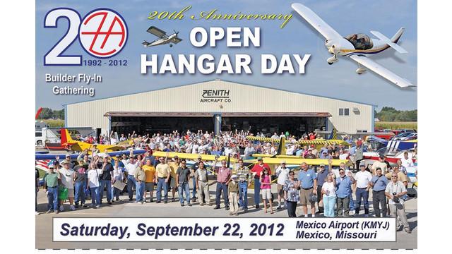 zenith-open-hangar-2012-postca_10760219.jpg