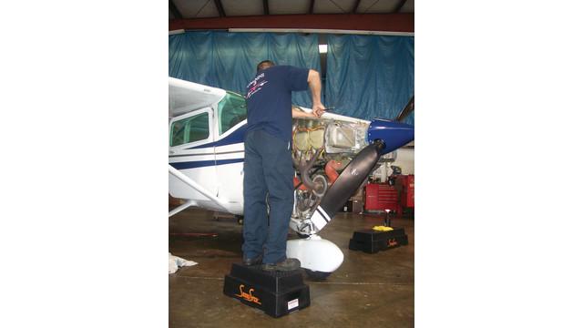 aviation-step-stools-007_10811939.psd