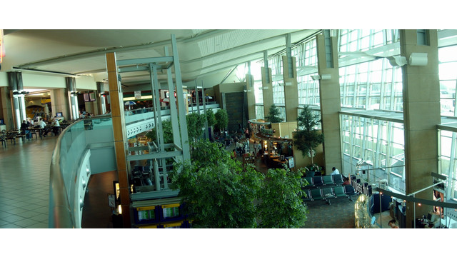 Calgary-Airport-hall.jpg