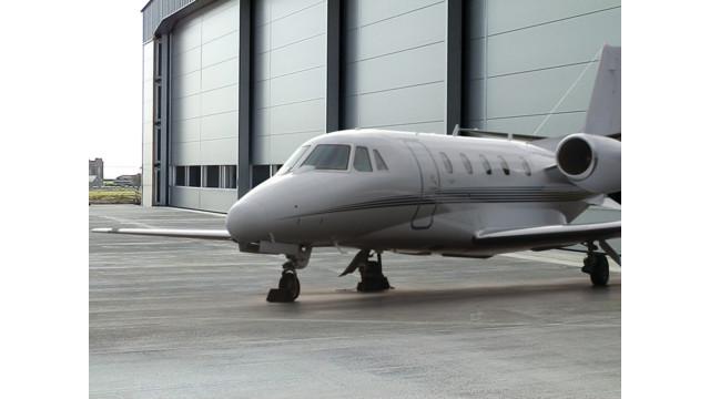jet-park-infront-hanger-2_10816844.psd