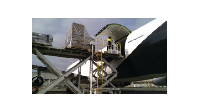 747-400f-load-pdx_10879812.psd