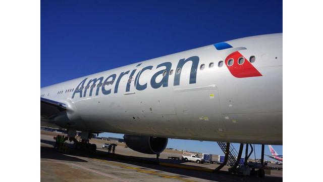 american-airlines-boeing-777-300er-on-gate-2013-6-4.jpg