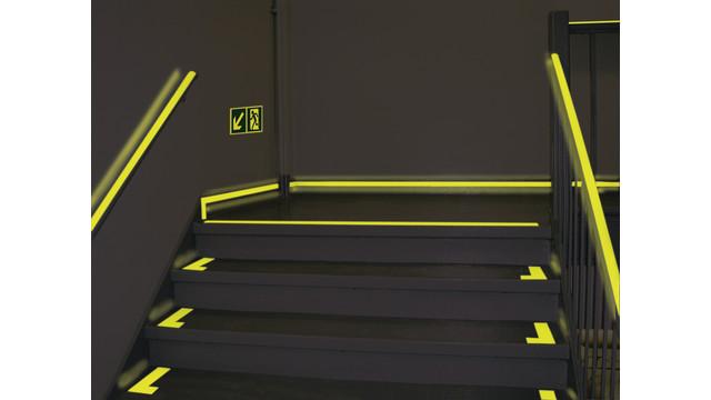 nyc-staircase-dark_10890957.psd