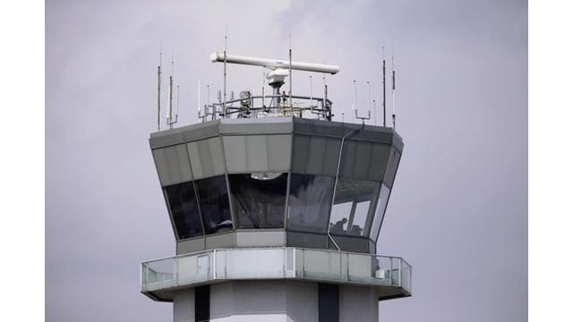 Budget-Battle-Airports-Vall-t618.jpg