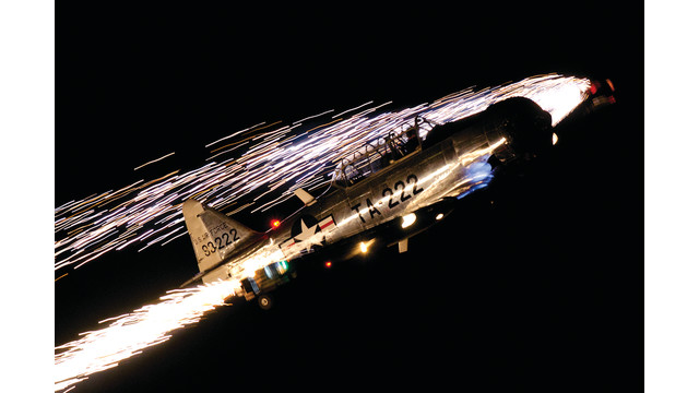 night-air-show-2012---bill-lef_10898259.psd