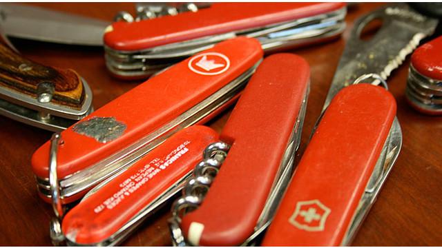 pocket-knives.jpg