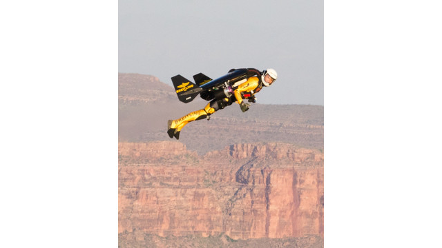 jetman-in-grand-canyon-closeup_10933468.jpeg