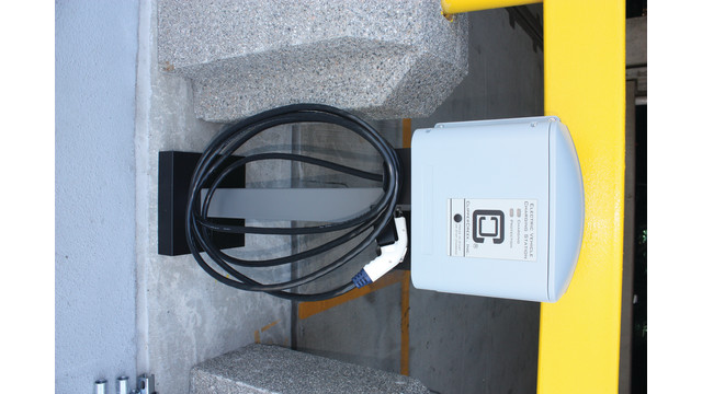 electric-vehicle-charging-stat_11047393.psd