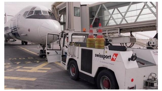 flugzeugabfertiger-swissport-will-konkurrenten-servisair-uebernehmen-126931233.jpg