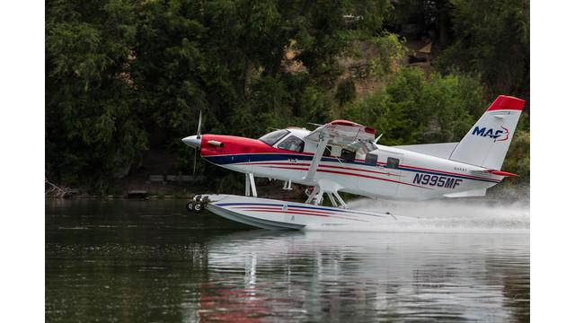 KODIAK-with-Aerocet-floats-by-Paul-OBrien.jpg