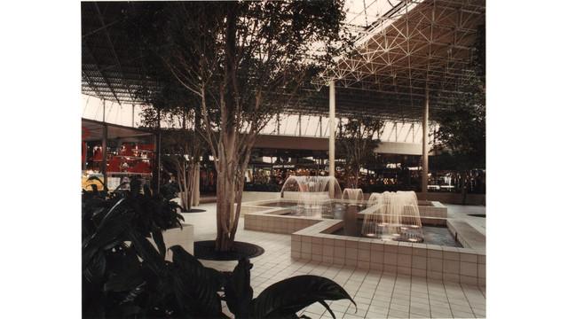 Shopping_Center-07.jpg