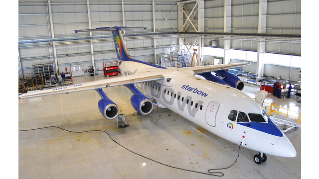 Photo-Starbow-BAe-146-300-in-Aerostar-hangar.JPG