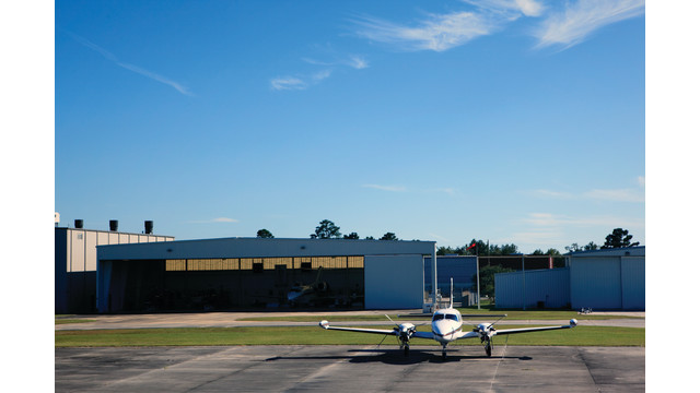 plane-hanger2_11063119.psd