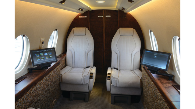 cabin-management_11151028.psd