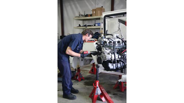 technician-john-teller-works-o_11175693.psd