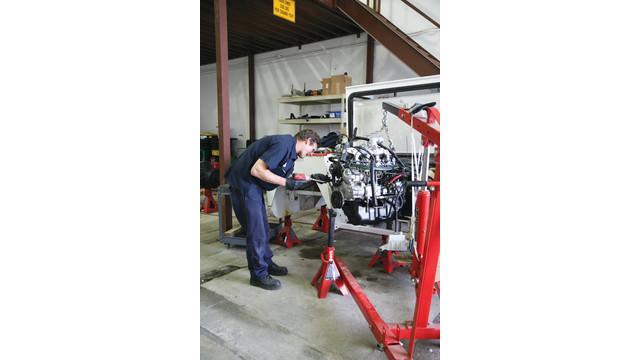 technician-john-teller-works-o_11175698.psd