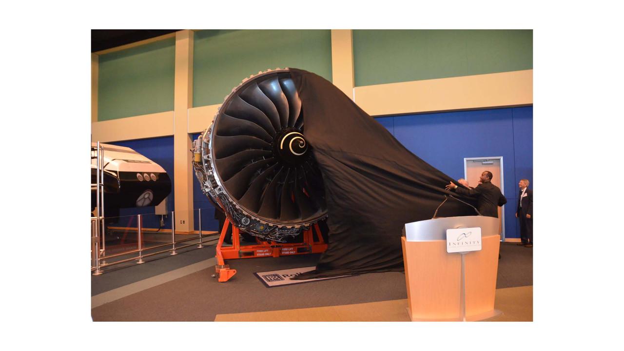 Rolls Royce Donates Trent 1000 To Nasa S Infinity Space Center