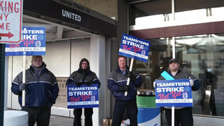United Airlines Mechanics Call For Pension Reinstatement During Informational Pickets At Airports Across The U.S.