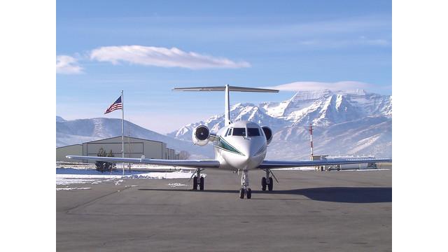 OK3-Air-Gulfstream-with-American-Flag-2.jpg