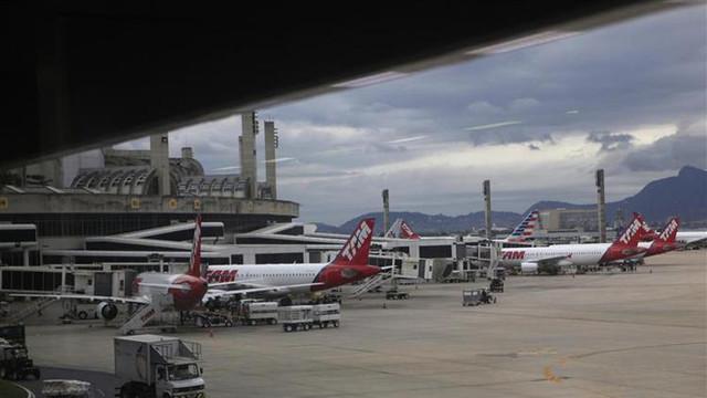 2013-11-23T114114Z-1-CBRE9AM0WGW00-RTROPTP-3-BRAZIL-AIRPORTS-original.jpg
