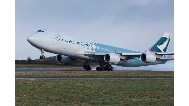 20131219-Shannon-Airport-Cathay-Pacific-747-0263-2.jpg