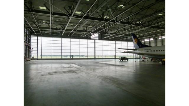 Lufthansa-Technik-Airport-Berlin2.jpg
