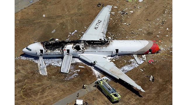 0709-Asiana-Airliner-Crash-full-600.jpg